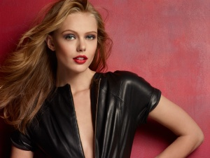 Maybelline New York_Frida Gustavsson