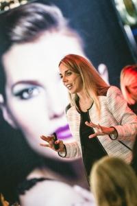 Evento Natura- Juliana Morales Rins, Gerente de Categoría Maquillaje para Latam